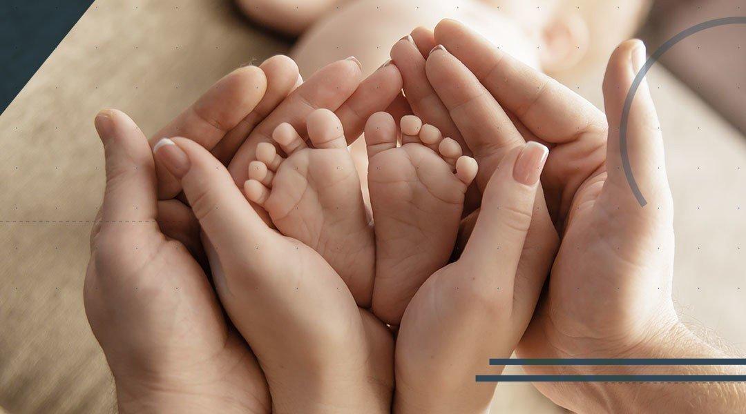 piede-e-caviglia-del-bambino-min-1080×600